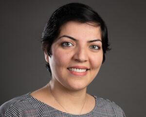 headshot of Yalda Mohsenzadeh